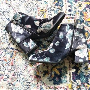 Circus By Sam Edelman Velour Floral Heel Boots 10M